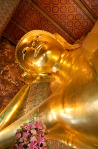 The famous reclining Buddha at Wat Pho.